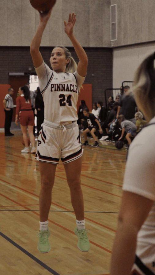 Teamwork Drives Success for Girls Varsity Basketball
